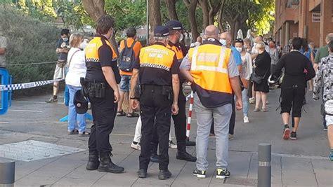 Coronavirus Catalunya: Colas de dos horas para hacerse el ...