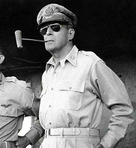 Coronel Von Rohaut:  Ray Ban