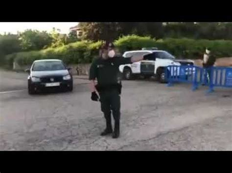 CORTAN LA CALLE DONDE VIVE PABLO IGLESIAS   YouTube