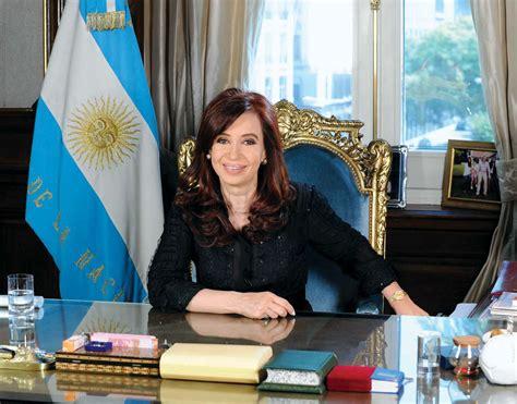 Cristina Fernandez de Kirchner   Biography & Facts ...