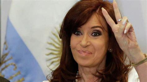 Cristina Kirchner anunció su regreso a la Argentina ...