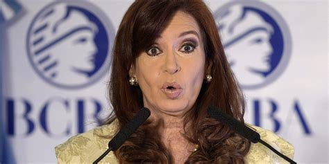Cristina Kirchner apoia trocar a capital da Argentina de ...