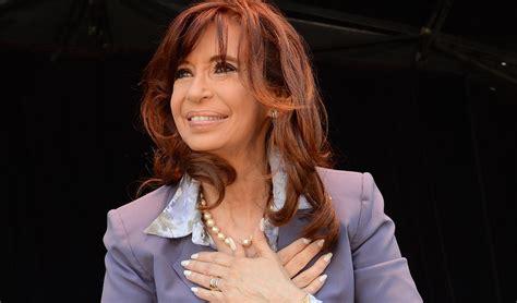 Cristina Kirchner Warns Mauricio Macri: 'Make No Mistake ...