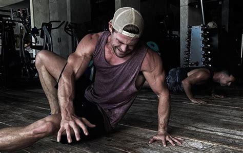 Cuarentena no detiene el entrenamiento de Chris Hemsworth ...