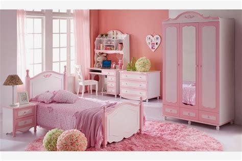 Cuartos de niña en rosa   Ideas para decorar dormitorios