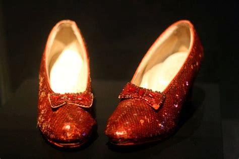 Cuento: Los zapatos rojos