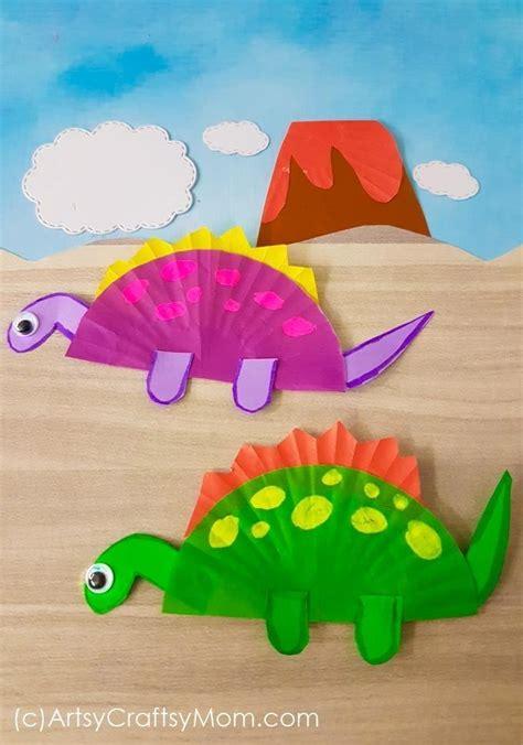 Cupcake Liner Dinosaur Craft | Dinosaur crafts, Preschool ...