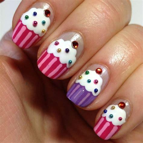 cupcake nails   Uñas de gel, Manicura de uñas, Uñas para niñas