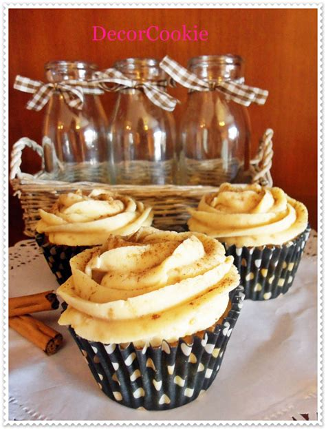 Cupcakes de canela con galletas napolitanas Cinnamon ...