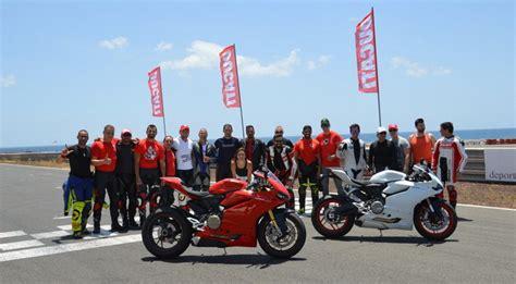 Curso avanzado de Ducati Canarias en el Circuito de ...