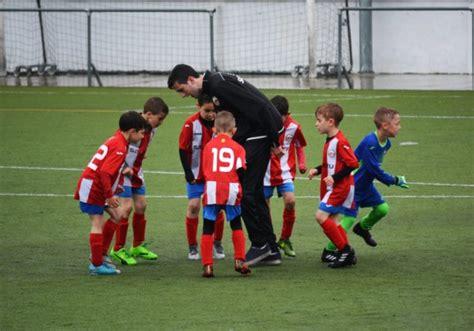 Curso de entrenador de fútbol base   FCF, RFEF, RFFM, FNF ...