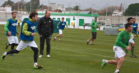 Curso de Entrenador de Fútbol   Nivel I y II   DOCENTER ...