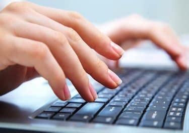 Curso en video gratuito para aprender mecanografía online.