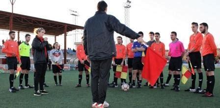 Cursos de árbitro de fútbol: Madrid Barcelona Valencia ...