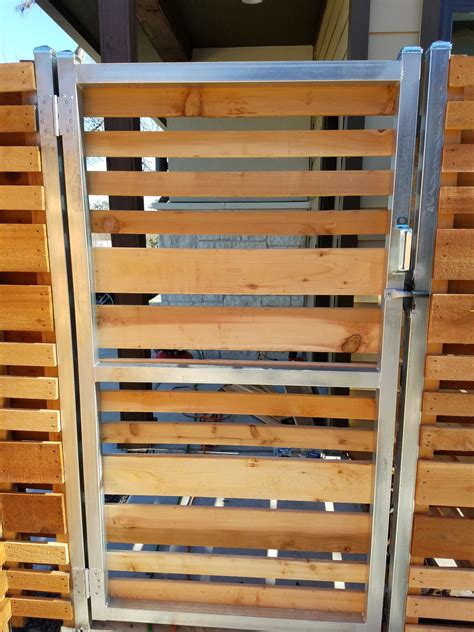 Custom Wood Fence Austin TX   Horizontal Cedar & Picket ...