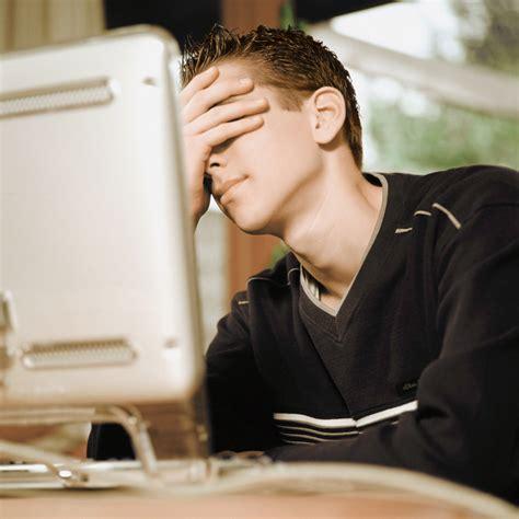 Cyberbullying: el acoso a través de las redes sociales ...