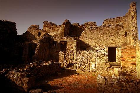 D.Signers | ¿Qué pasó en Pompeya? 13. Ruinas de un ...