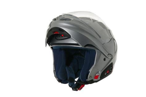D2O, el nuevo casco abatible de Suomy con radio FM y ...