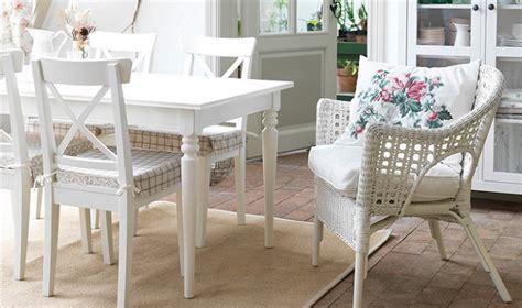 Da en el blanco con las sillas blancas Ikea para tu cocina ...