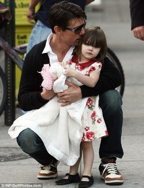 Daddy s little princess: Adorable Suri Cruise enjoys a ...