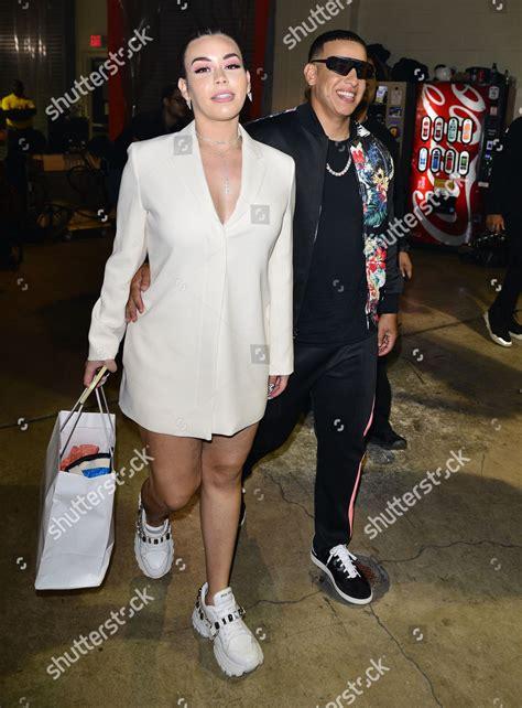 Daddy Yankee R wife Mireddys backstage Editorial Stock ...