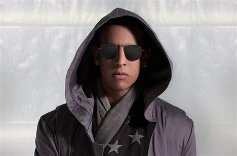 Daddy Yankee s New Single  Dura : Watch the Video | Billboard