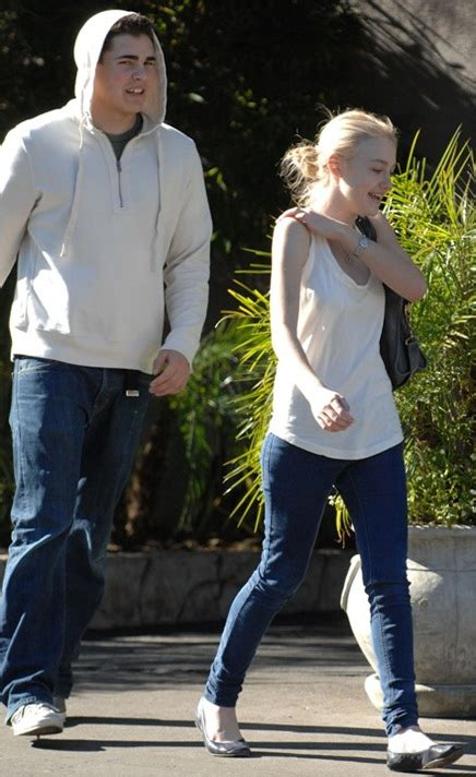 Dakota Fanning Boyfriend Pictures 2011   All About Hollywood