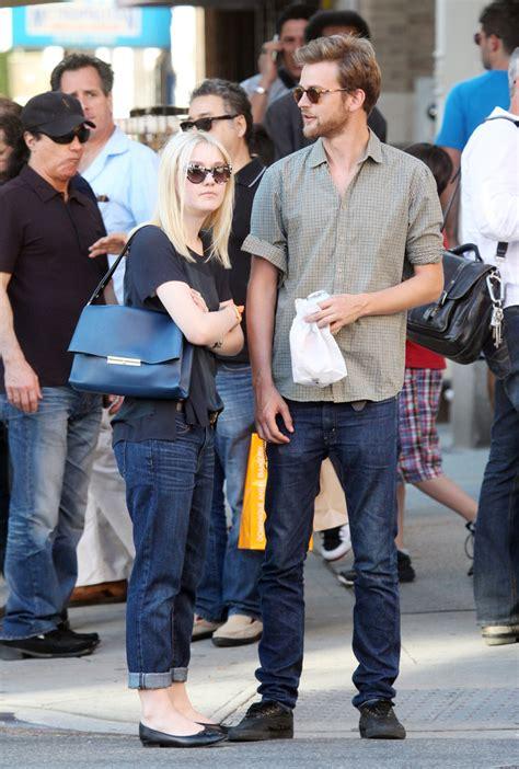 Dakota Fanning Holds Hands with Her Boyfriend   Zimbio