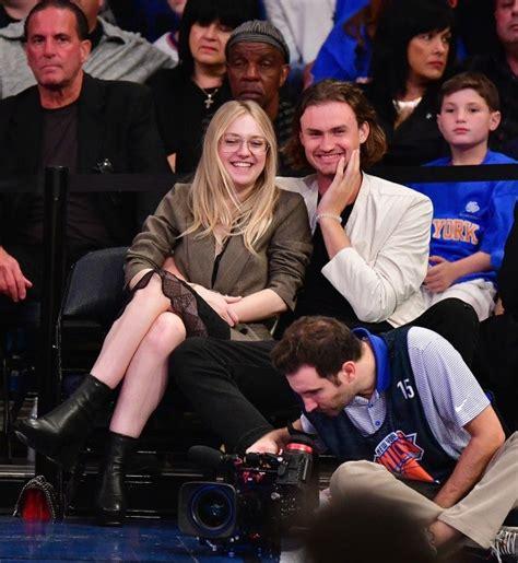 Dakota Fanning holds hands with new boyfriend in NYC ...