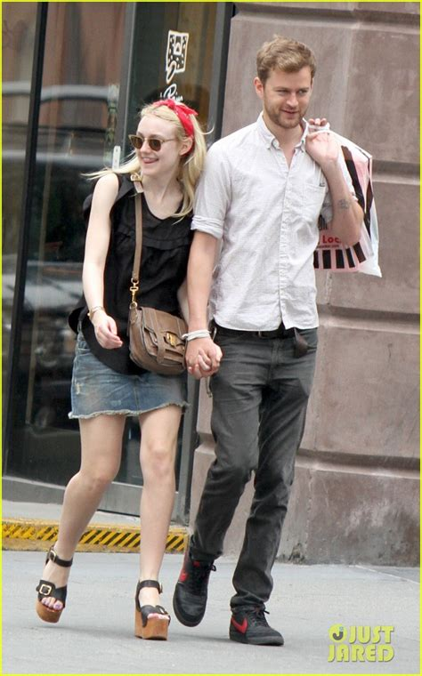 Dakota Fanning: I Want There to Be More Female Directors ...