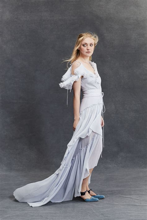 Dakota Fanning Is Marie Claire s January Cover Star