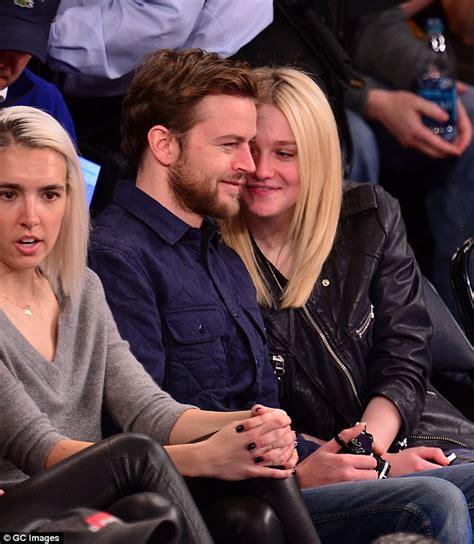 Dakota Fanning only has eyes for boyfriend Jamie Strachan ...