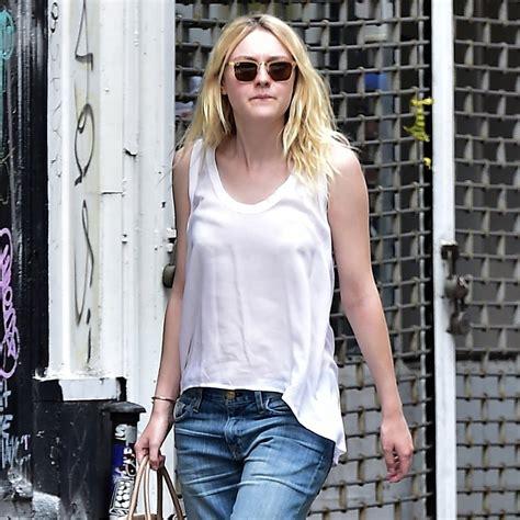 Dakota Fanning s Boyfriend Jeans   Street Style   POPSUGAR ...