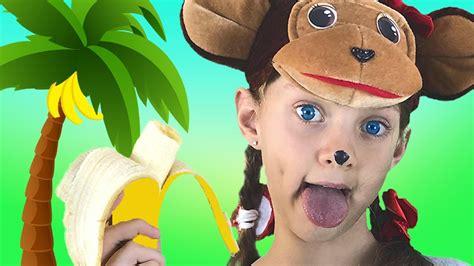 Dance monkey I Alisa @Bum Bon   Kids Songs dancing to a ...
