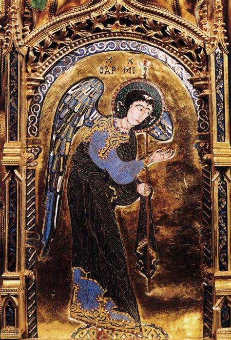Datos, historias e imágenes del arcángel Miguel