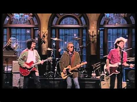 Dave Grohl playing with Tom Petty and the Heartbreakers on ...