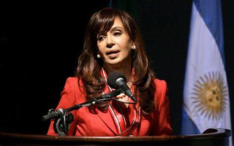 David Cameron must return Falklands to Argentina, Cristina ...