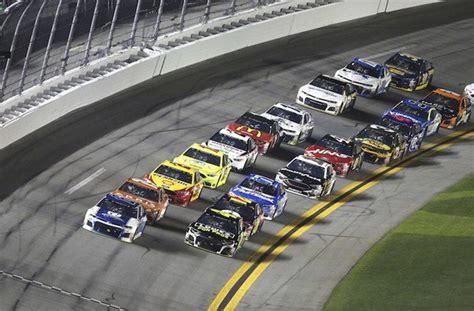 Daytona 500 LIVE UPDATES of NASCAR race  2/18/18 : Who s ...