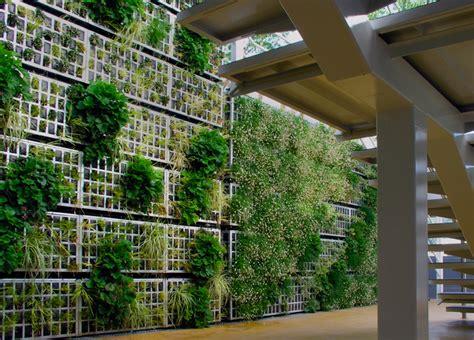 De la fachada al vallado vegetal en un solo paso ...