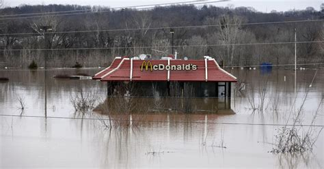 Deadly flooding forces evacuations in Missouri, affecting ...