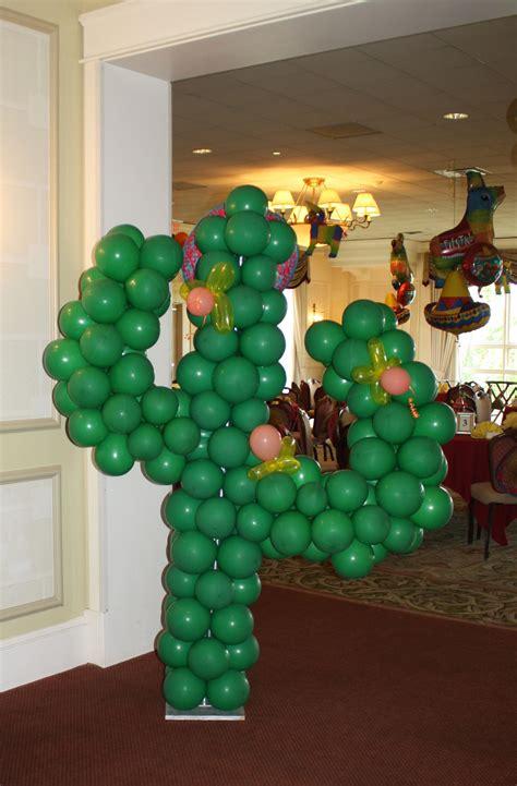 Decora tu fiesta mexicana con esculturas de cactus hecha ...