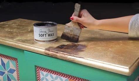 Decora tus muebles antiguos con plantillas para pintar ...