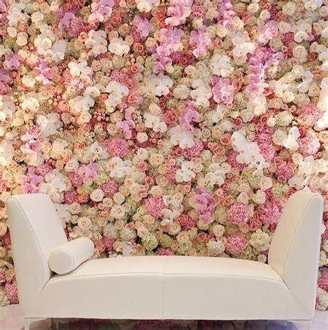Decoración con Pared de Flores