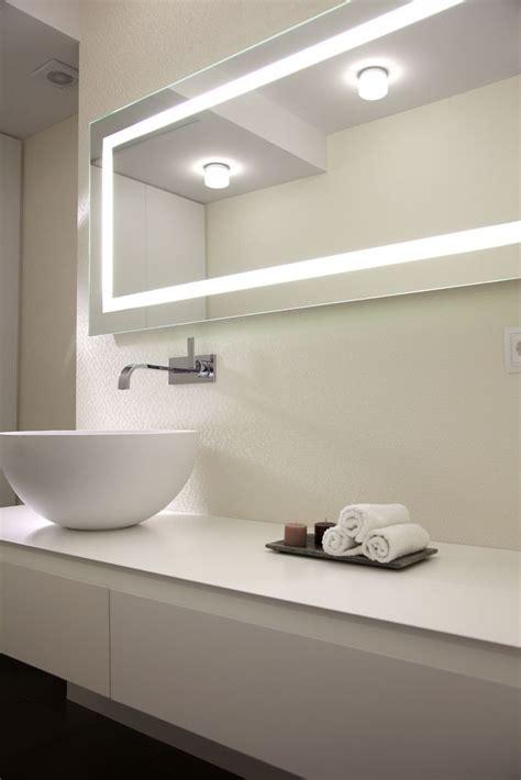decoración de baños modernos con revestimiento vinílico ...
