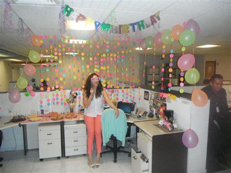 Decoración de Cumpleaños en el trabajo   Office birthday ...
