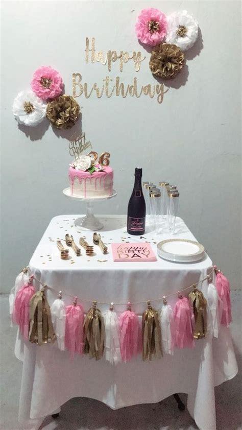 Decoración de cumpleaños para mujer sencilla   Decoracion ...