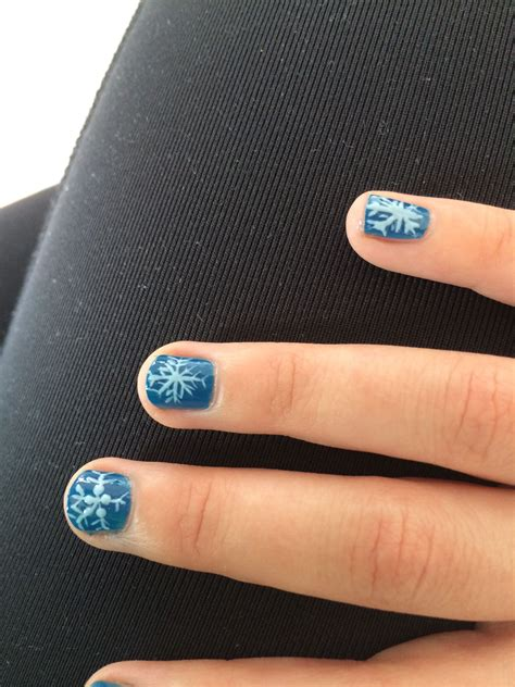 Decoración de Frozen para uñas de niñas   Uñas de frozen ...