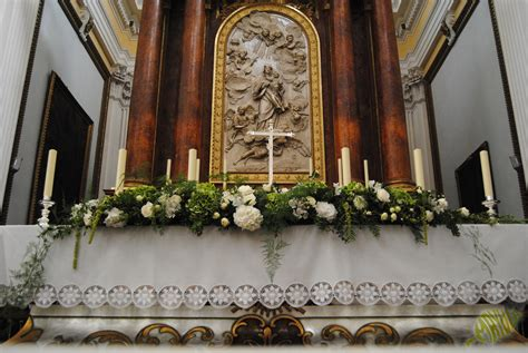 Decoración de iglesia en Épila.Boda en blanco y verde ...
