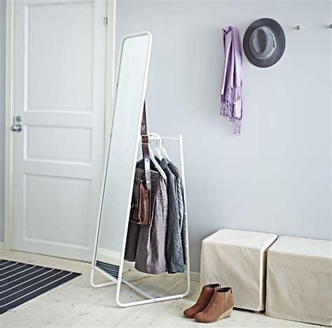 Decoracion mueble sofa: Entraditas y recibidores ikea
