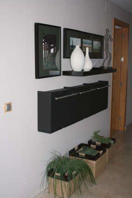 Decoracion mueble sofa: Recibidor zapatero ikea